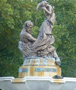 The Mary Schenley Fountain & Schenley Plaza