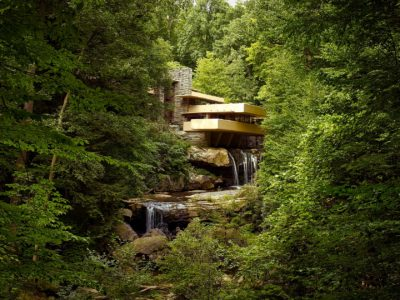 Fallingwater: Natural Living Extraordinaire