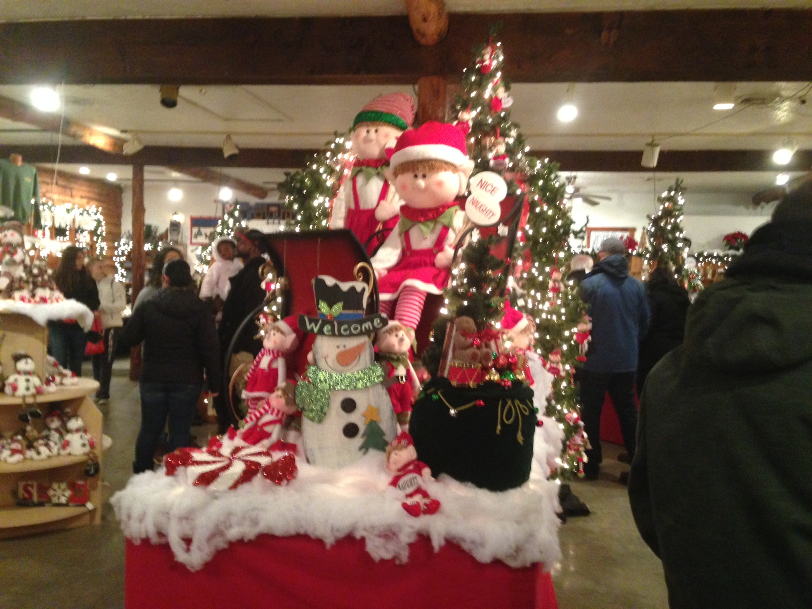 Overlys Country Christmas.A New Holiday Tradition Overly S Country Christmas
